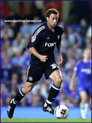 Anthony Vanden Borre in Champions League with Anderlecht against Chelsea