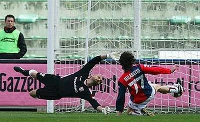 Milanetto scores the second goal last year against Palermo (2-3 victory)