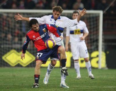 Genoa's-playmaker Omar Milanetto