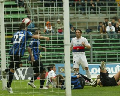 Gaetano de Rosa was close to a goal but Capelli saved on the line