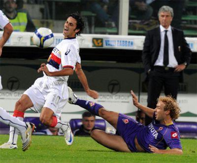 Palladino irregulary stopped by Donadel of Fiorentina