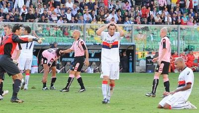 Diego Milito and Ruben Olivera just after the last missed the equalizer in extra-time.