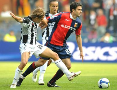 Thiago Motta played his first match with Genoa