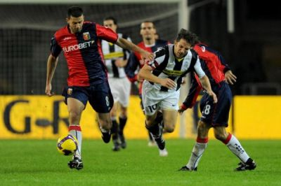 Thiago Motta has the ball while Juric learns Del Piero how to fly