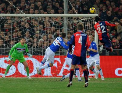 Diego Milito can fly and scores the winning goal in his first lighthouse derby