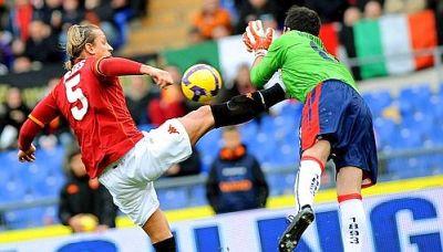 Rubinho got injured by Mexes