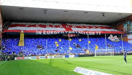 Gradinata Nord changed into the flag of Europe, to celebrate the return 17 long years after Ajax-Genoa