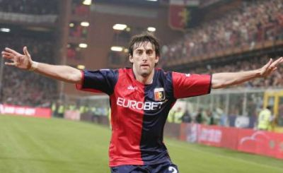 Diego Milito scored all 4 Genoa-goals in both derby's