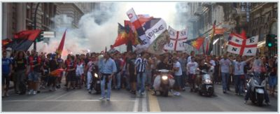 Genoa-fans celebrate qualification to Europa League after 17 years in Via XX Settembre (17-05-2009)