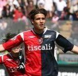 Robert Acquafresca scored 14 goals with Cagliari last season