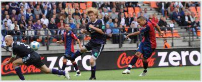 Houssine Kharja scores against Anderlecht