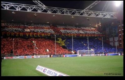 Gradinata Nord before Genoa-Sampdoria 3-0 (28-11-2009)