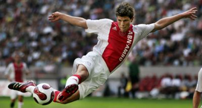 Klaas-Jan Huntelaar in the shirt of Ajax Amsterdam