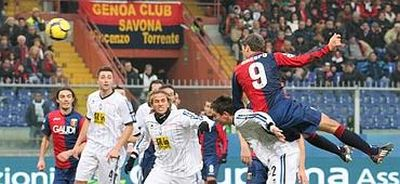 Hernan Crespo scores 2-0 against Atalanta