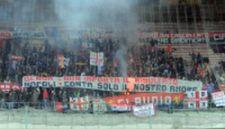 Genoa-fans in Napoli