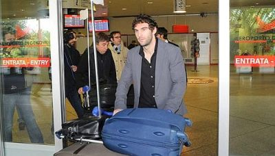 striker Mauro Boselli arrived this afternoon at Genova-airport