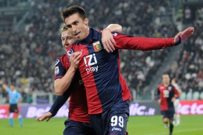Andrea Caracciolo and Juraj Kucka are happy with the equalizer in Juventus-stadium