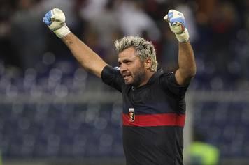 Sebastien Frey stopped a penalty in Verona