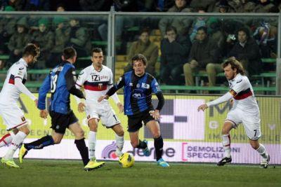 Atalanta-Genoa with Veloso, Jankovic and Rossi in midfield
