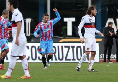 Jorquera and Rossi are disapointed about the third goal of Catania