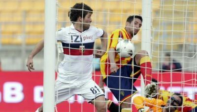 Giuseppe Sculli scores his first goal in Lecce