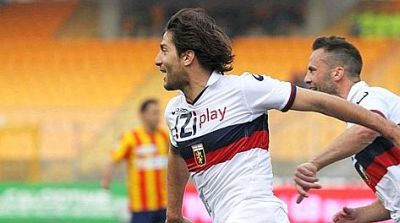 Sculli celebrates his goals in Lecce