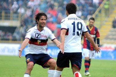 Giuseppe Sculli and goalscorer Cristobal Jorquera celebrate the 3-2